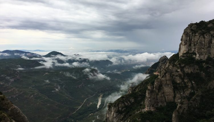 A Quick and Easy Guide to Visiting Montserrat in a Day