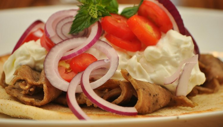 Where to Find the Tastiest and Best Gyros in Athens