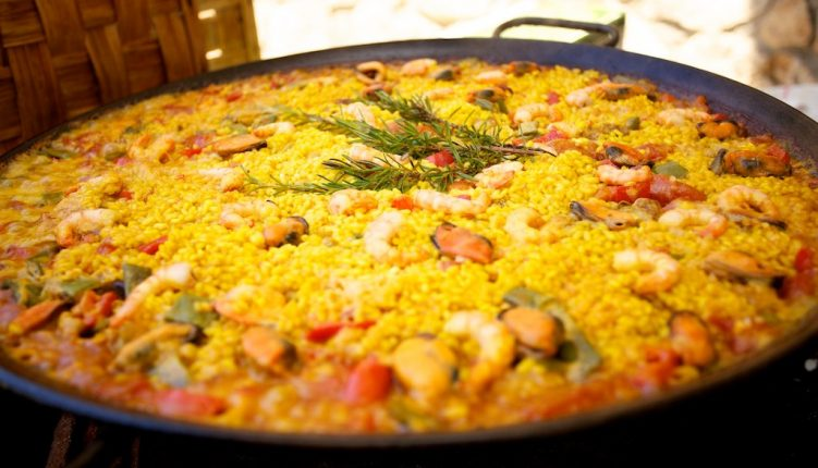 Read this article to find out where to get the best paella in Barcelona!