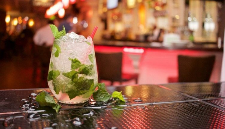10 of the Best Cocktail Bars in Barcelona that You Don't Want to Miss