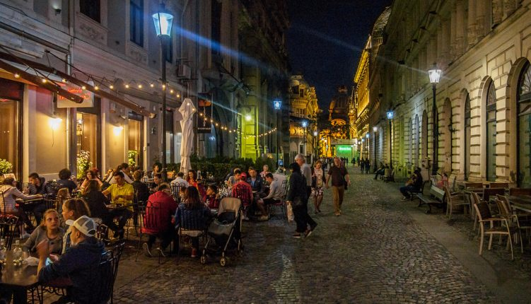Grab a Drink and Experience the Nightlife in Bucharest
