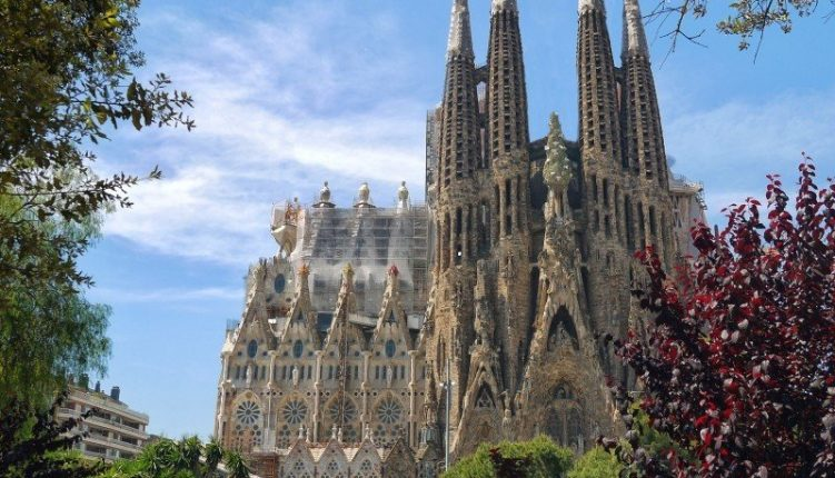 A Checklist of the Most Incredible Churches in Barcelona