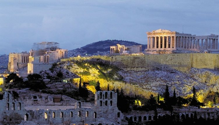 7 Hot Tips You Should Know Before Traveling to Athens