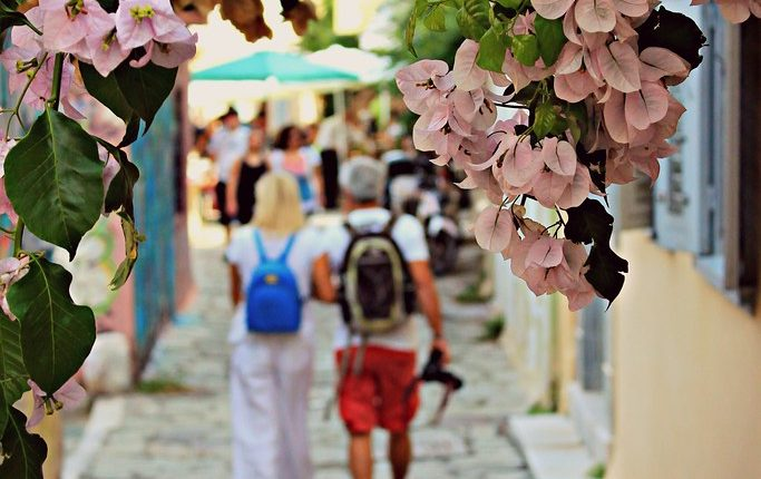 All the Best Things to See and Do in Spring in Athens