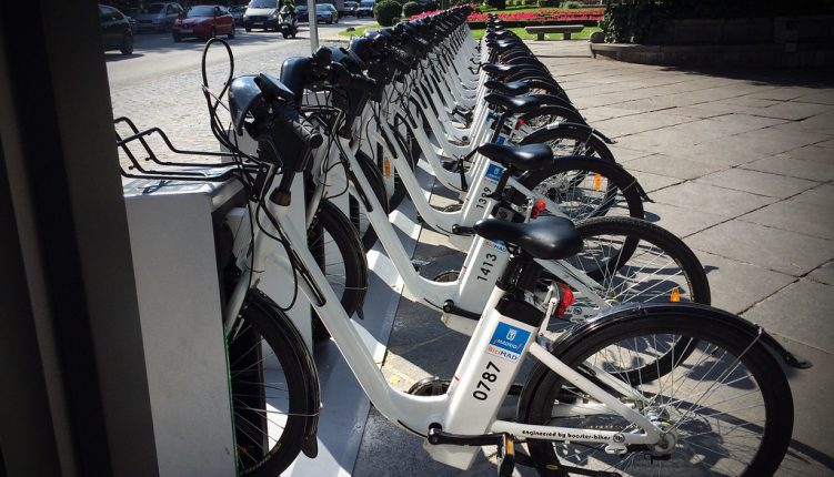 Renting Bikes in Madrid: Seeing the Spanish Capital on Wheels
